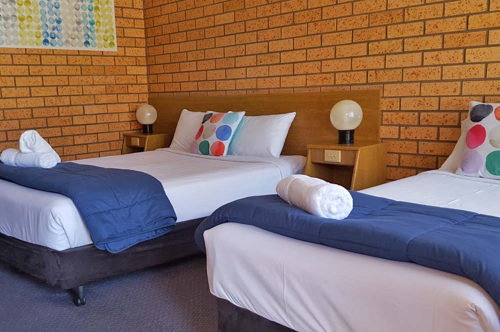 Our aim is to provide you with an experience characterized by clean rooms, comfortable surroundings, and convenient access to your every needs at Royal Palms Motor Inn Coffs Harbour NSW.